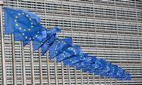 """ES kol kas stabdo teisinius veiksmus prieš JK ginče dėl """"Brexit"""" susitarimo"""
