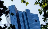"""""""Deutsche Bank"""" antrąjį ketvirtį uždirbo dvigubai daugiau, nei laukta"""