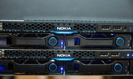 """Stiprus antrasis ketvirtis leido """"Nokia"""" viršyti lūkesčius"""