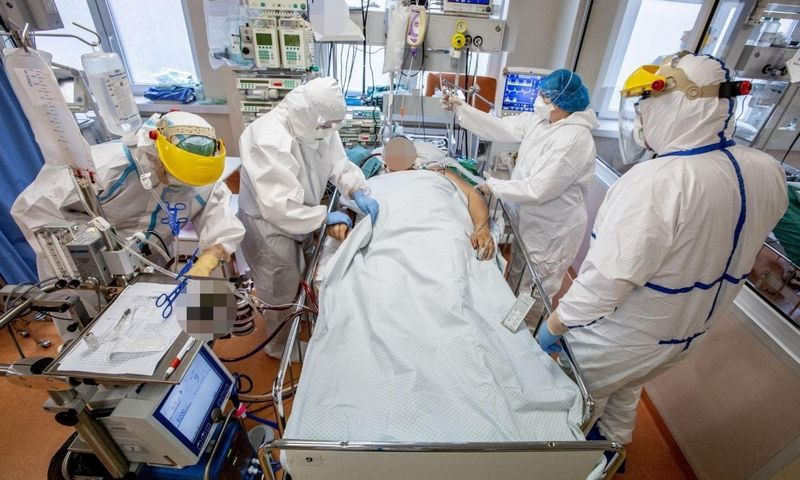 COVID-19 ligoniai Santaros klinikose. Vidmanto Balkūno nuotr.