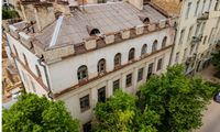 "Ant prekystalio - buvęs tabako fabrikas ""Zefyras"" Vilniuje"