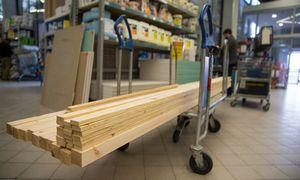 Statybinių medžiagų prekybos šuolis: kainos kyla, tiekimo grafikai ilgėja