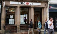 HSBC pelnas augo daugiau nei dvigubai, mokės tarpinius dividendus