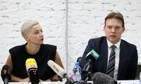Minske prasidėjo Baltarusijos opozicionierių M. Kalesnikavos ir M. Znako teismas