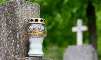 Ką daryti, kad netikėtos laidotuvės nesukeltų šoko dėl išlaidų