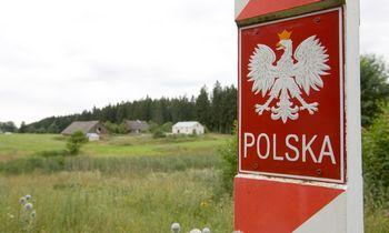 Lenkijoje prie sienos su Baltarusija sulaikyta 62 migrantų grupė