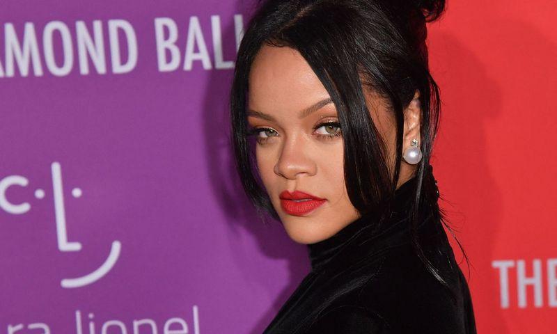 """Dainininkė ir aktorė Rihanna tapo turtingiausia pop atlikėja moterimi pasaulyje. Angelos Weiss (AFP / """"Scanpix"""") nuotr."""