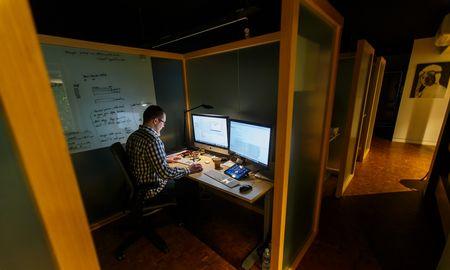 Programos, rašančios programas: ar automatizavimas išgelbės IT sektorių nuo darbuotojų stygiaus?