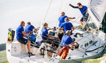 Pasaulio jūrinių jachtų čempionate varžysis 9 įgulos iš Lietuvos