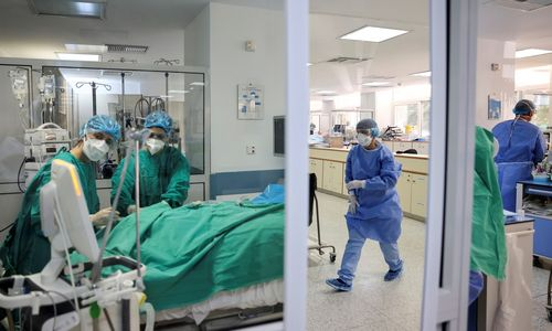 Naujo Izraelio vaisto nuo COVID-19 bandymai: per 90% pacientų pasveiksta per 5 dienas