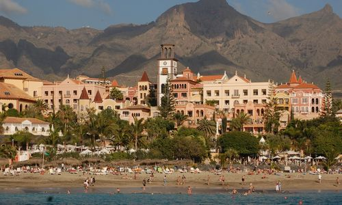 """""""Tiketa Tour"""" spalį pradės skrydžius į Tenerifę ir Egiptą"""
