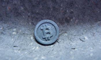 Bitkoinas peržengė 50.000 USD