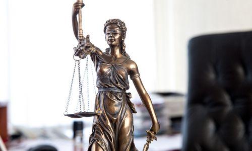 TOP 10 Estijos advokatų kontorų pagal pajamas – skirtumai ir panašumai su Lietuva