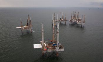 Uraganas Ida augina dujų kainas, nafta stabili