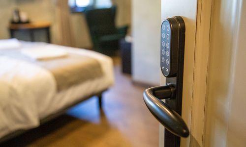 Liepa viešbučiams šliūkštelėjo optimizmo– kai kas pasikeitė