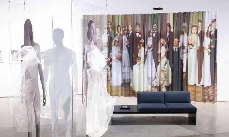 """Fotografijos paroda """"Permainų šventė"""" MO muziejuje. Juditos Grigelytės (VŽ) nuotr."""