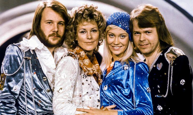 "ABBA grupė po pergalės ""Eurovizijo"" konkurse, 1974 m. Olle Lindeborgo (""TT News Agency"" ""Reuters"" / ""Scanpix"") nuotr."
