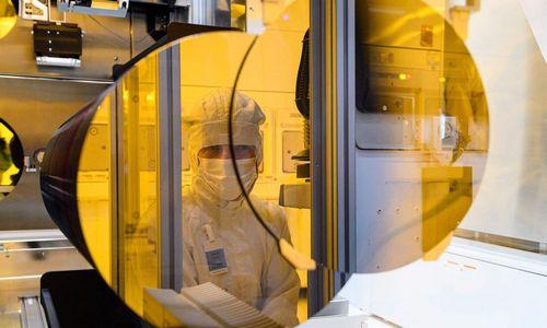 Vokietijos vyriausybė puslaidininkių gamintojams siūlo 3 mlrd. Eur