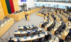 """Ši savaitė: Seimo sesija ir mitingas, """"Zapad"""", 09/11 sukaktis, A. Sabonio pamaina"""