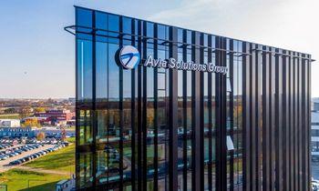 """""""Avia Solutions Group"""" pirmąjį 2021 pusm. uždirbo 15 mln. Eur grynojo pelno, o antrojo 2021 metų ketv. pajamų augimas sudarė 45%"""