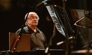 Legendinis džiazistas V. Ganelinas atvyksta koncertui su simfoniniu orkestru