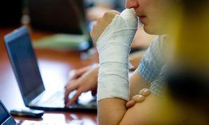 """Pandeminiai iššūkiai: ką daryti,kai darbuotojas """"iškrinta"""""""