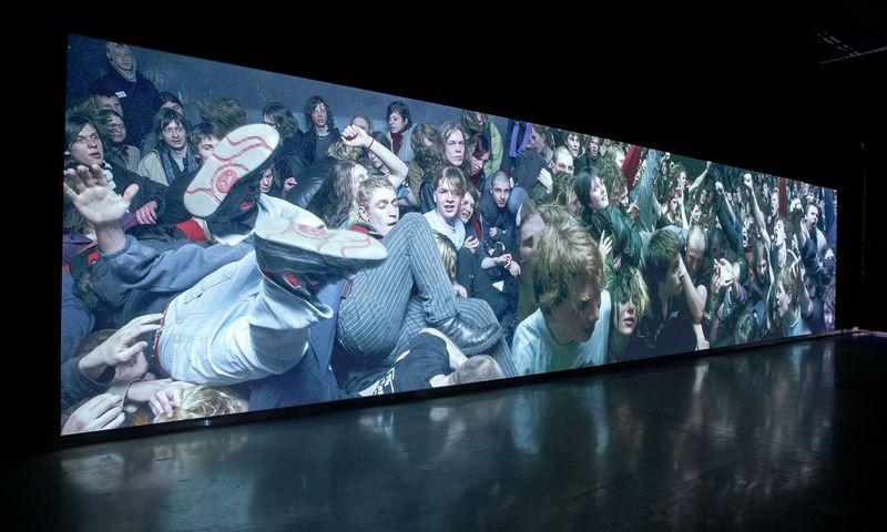 """Audiovizualinė instaliacija """"Žalgiris"""". Ugnius Gelguda, 2006. Juditos Grigelytės (VŽ) nuotr."""