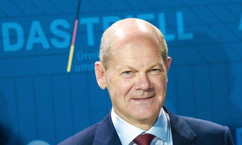 O. Scholzas skinasi kelią į kanclerius – laimėjo ir antruosius debatus