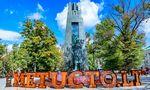 Vilniaus centre Vinco Kudirkos skulptūra papuošta išmaniomis ausinėmis