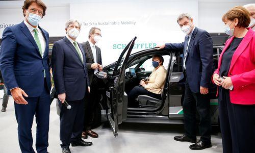 Vokietijos autopramonė laukia rinkimų: sektoriuikandidatai paišo skirtingą ateitį