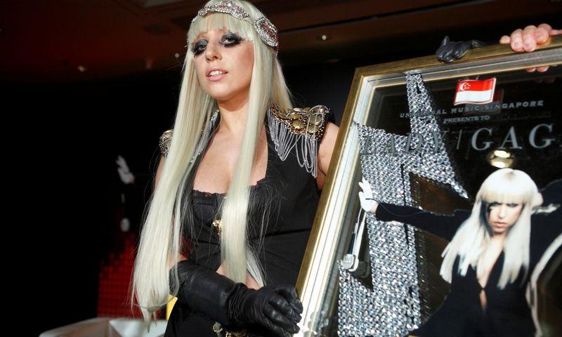 """Lady GaGa. Tim Chong (""""Reuters"""" / """"Scanpix"""") nuotr."""