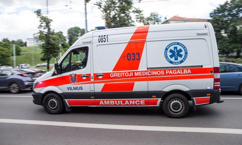 Greitosios pagalbos automobilis Vilniuje. Juditos Grigelytės (VŽ) nuotr.