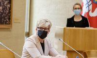Premjerė sako norintiišvengti naujų pandemijos valdymo griežtinimų