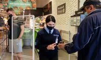 D. Dundulis apie poreikį rodyti galimybių pasą: yra parduotuvių, kur apyvarta krito 2 kartus