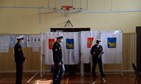 Rusai po beprecedenčio masto represijų pradeda balsuoti parlamento rinkimuose