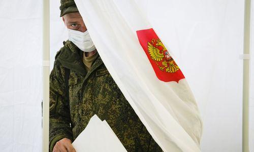Rusijoje – staigmenų nežadanti paskutinė rinkimų diena