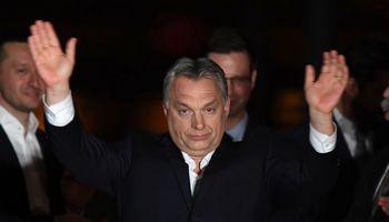 Vengrijoje pirmą kartą bręsta rimtas pasipriešinimas V. Orbano diktatui