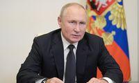 V. Putinas iki 2022-ųjų pabaigos pratęsė embargą vakarietiškiems maisto produktams