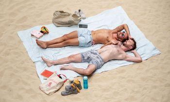 """""""Saulė ir jūra"""" JAV: ekonihilizmas paplūdimyje"""