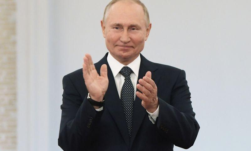 """Vladimirui Putinui, Rusijos prezidentui, būtina užsitikrinti režimo stabilumą. Sergejaus Gunejevo (""""Sputnik""""/ """"Scanpix"""") nuotr."""