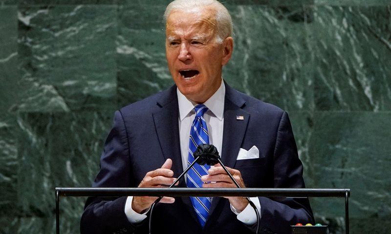"""Prezidentas J. Bidenas kalba Jungtinių Tautų Generalinėje Asamblėjoje. Eduardo Munoz (""""Reuters""""/""""Scanpix"""") nuotr."""