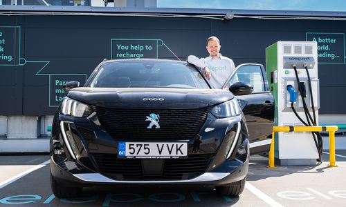"""Estijos elektromobilių įkrovimo tinklas """"Eleport"""" žengia į Latviją, taikosi ir į Lietuvą"""