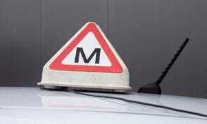 Teismas apribojo kartelyje dalyvavusių vairavimo mokyklų vadovų veiklą