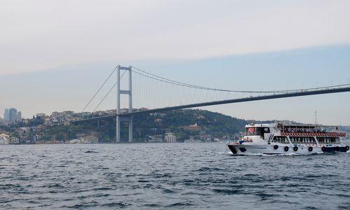 Bosforo sąsiauryje –Rusijos ir Turkijos krovininių laivų susidūrimas
