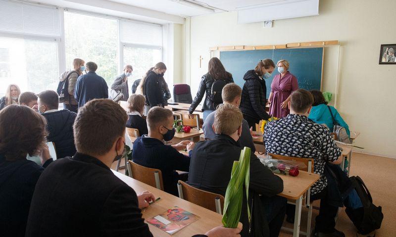 Mokslo metų pradžios šventė Vilniaus šv. Jono Pauliaus II gimnazijoje. Juditos Grigelytės (VŽ) nuotr.