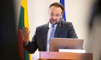 Lietuvos bankas karpo BVP augimo prognozę,didina infliacijos tikimybę