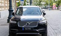 """""""Volvo"""" ketina iki 2030-ųjų visiškai atsisakyti odinių automobilių salonų"""