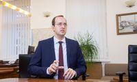 M. Skuodis: EBPO raginimai apsunkinti automobilių stovėjimo sąlygas – ankstyvi