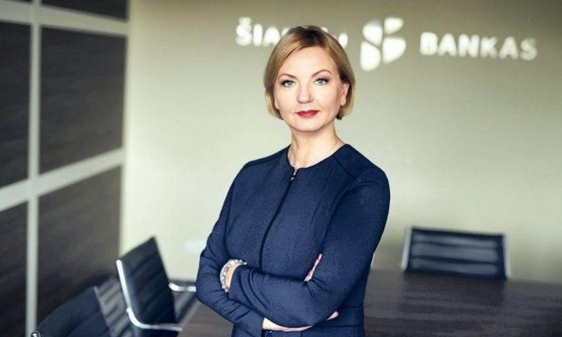 """Daiva Šorienė, Šiaulių banko pardavimų ir rinkodaros tarnybos vadovė: """"Darbuotojai ir vidinė kultūra yra visos verslo sėkmės pagrindas, todėl ir tvarumo iniciatyvas verta pradėti iš vidaus""""."""