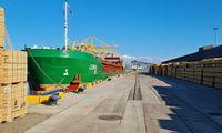 Išvarginti logistikos chaoso, atidaro savas transporto linijas